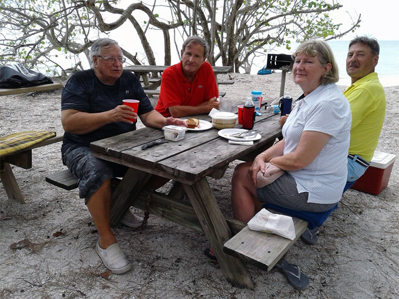 einladung: strand picknick | swiss american club, Einladung